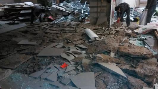 房屋拆除静力破碎